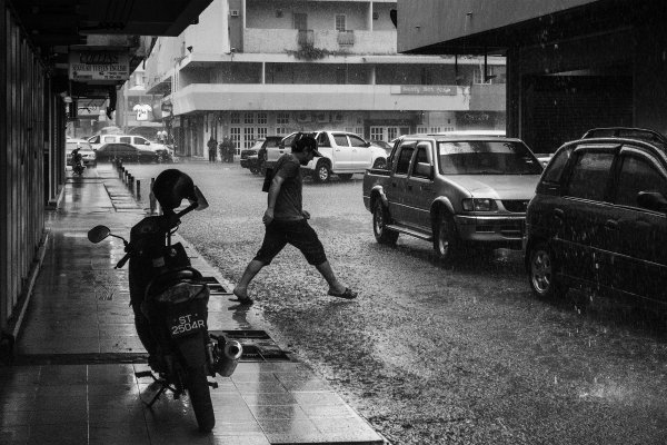 people st photo rain03.jpg
